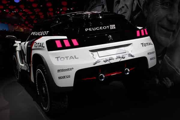 Le nouveau Peugeot 3008 DKR est prêt pour affronter le désert