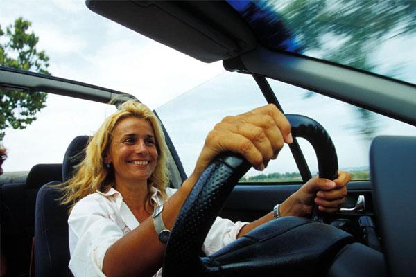 Les femmes et les voitures